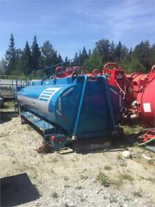 Hamms Tri-Drive Water Tank and Jasper Tank 407 T/A for sale