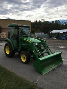 2014 JOHN DEERE 3046R TRACTOR WITH CAB & LOADER