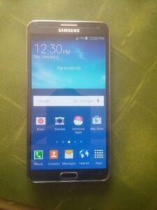 Unlocked Samsung Galaxy Note3 -Mint ( otter box included )