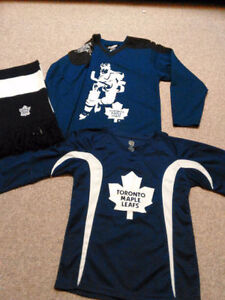 Maple Leafs Jerseys/Sweaters NHL Official /Roots Kids, Baby&Mens London Ontario image 1