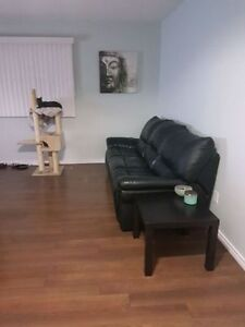 Room for rent in furnished townhouse - All utilities included