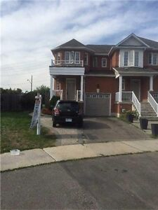 MAPLE. GORGEOUS 3 BEDROOM HOME. CALL TODAY.