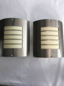 STAINLESS STEEL OUTDOOR DECK WALL LIGHTS