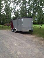 In closed cargo trailer