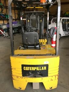 Caterpillar Fork Lift 3750lb Lift