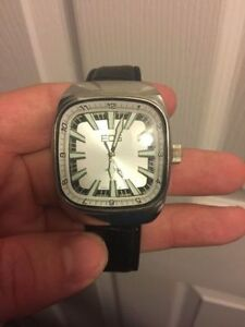 Watch Collection - Great Condition Gently Used- All Need Battery Kitchener / Waterloo Kitchener Area image 2