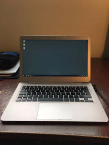 "ASUS 13"" Laptop in Mint Condition - Perfect for Students!"
