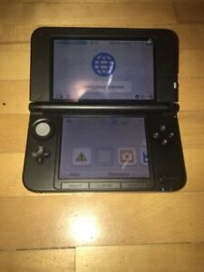 Nintendo 3DS XL Red with charger..