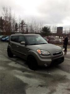 "2011 Kia Soul 4u LOADED  SUNROOF MUST SEE!  CLICK ON ""SHOW MORE"""