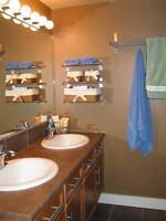 Renovated 2 Bedroom 1 Bath (Double Sinks!) near Southgate!