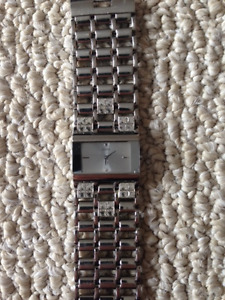 Guess Watch - Small Face (Light Silver)