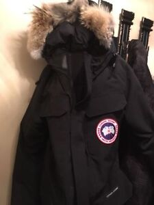 Canada Goose Mens Large Citadel Jacket- Like New