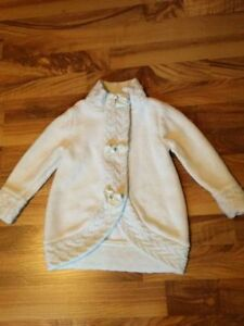 White Sweater Size 24 Months (fits big)