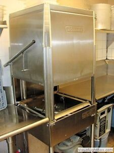 (HOBART) AM 14 COMMERCIAL DISHWASHER WITH TABLING