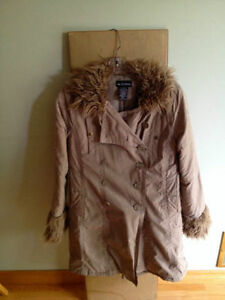 Le Chateau Women's Winter Jacket! Size: M