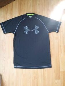 Mens under armour t-shirt