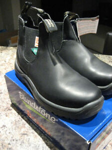 BLUNDSTONE BLACK SHOES MENS SIZE 10 Kitchener / Waterloo Kitchener Area image 3