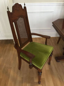 Vintage Dining Room Set, Very Good Condition MUST SELL! West Island Greater Montréal image 3