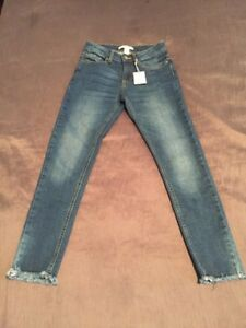 Jeans -Forever 21 Brand new