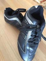 Girls size 1 soccer shoes