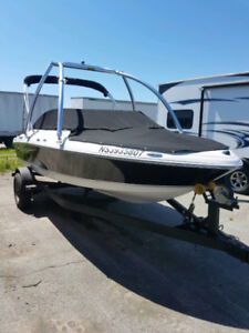 LOW HOURS 2012 FOUR WINNS H180 200HP !!