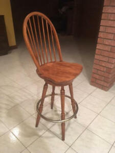 Slide on up to the bar ... Selling 6 Solid Wood Barstools!