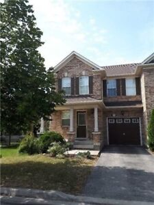 Town-Home Beautiful 4 Bedroom in affordable price in Milton