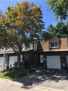 GREAT STARTER HOME!!! 3 BED CONDO TOWNHOME IN PICKERING!!!!!!