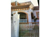 Chalet in Torrevieja to rent . Alicante.