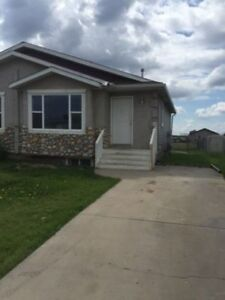 Home, Sweet Home! 3 Bedroom 2 Bath- 9245 94 Avenue