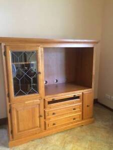 TV cabinet Bomaderry Nowra-Bomaderry Preview