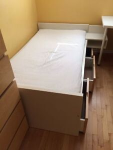 IKEA Bed/Lit,w/3 drawers/night table,Mattress dresser 5 drawers.
