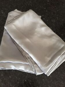 Miscellaneous Silver/Grey Table Fabric