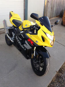 *2004 Suzuki GSX-R 750 - Certified! - Looks like new Great shape