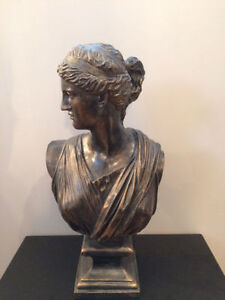 Roman Style Bronzed Lady Statuette (High Quality - Faux Bronze)