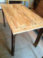 table de cuisine 300$ , NEW, HAND MADE