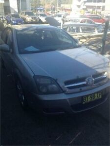 2004 Holden Vectra ZC MY04 CDXi Gold 5 Speed Automatic Hatchback Wentworthville Parramatta Area Preview