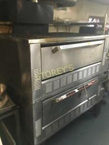 garland pyrodeck, gas, double stack stone oven. all stones 10/10 no cracks SOLD THURSDAY NO RESERVE