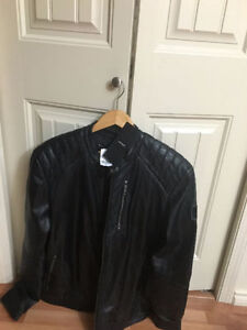 Danier real lamb leather ( brand new with tag) jacket size XL