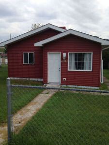 2 Bedroom house in Blairmore - Available Immediately
