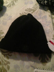 NEW BLACK LULULEMON TOTALLY TWISTED TOQUE