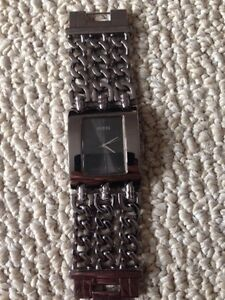Guess Watch - Large Face (Dark Silver)