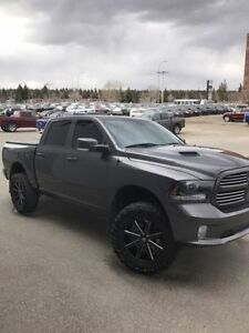 2015 Ram 1500 Sport Pickup Truck *FINANCING AVAILABLE*