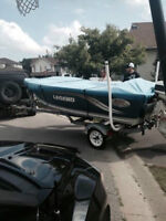 Complete fishing boat package! Tube included!