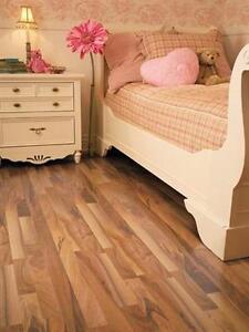 Planchers prélart –linoleum flooring - vinyle en rouleaux- Couvre Plancher  Plus Grand Showroom à Montréal