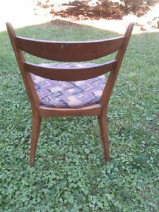 Sweet Retro Sturdy Solid Mahogany Chair!! Kitchener / Waterloo Kitchener Area image 2