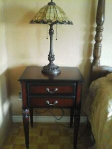 Bombay Antique Style End / Night Table Very Nice!