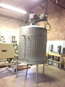 Chocolate Tank - Stainless Steel Dimpled Jacketed with Agitation