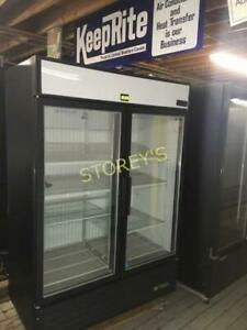 True 2dr Glass Freezer - GDM49F
