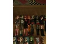 Monster high dolls and doll's house